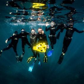 Team_underwater